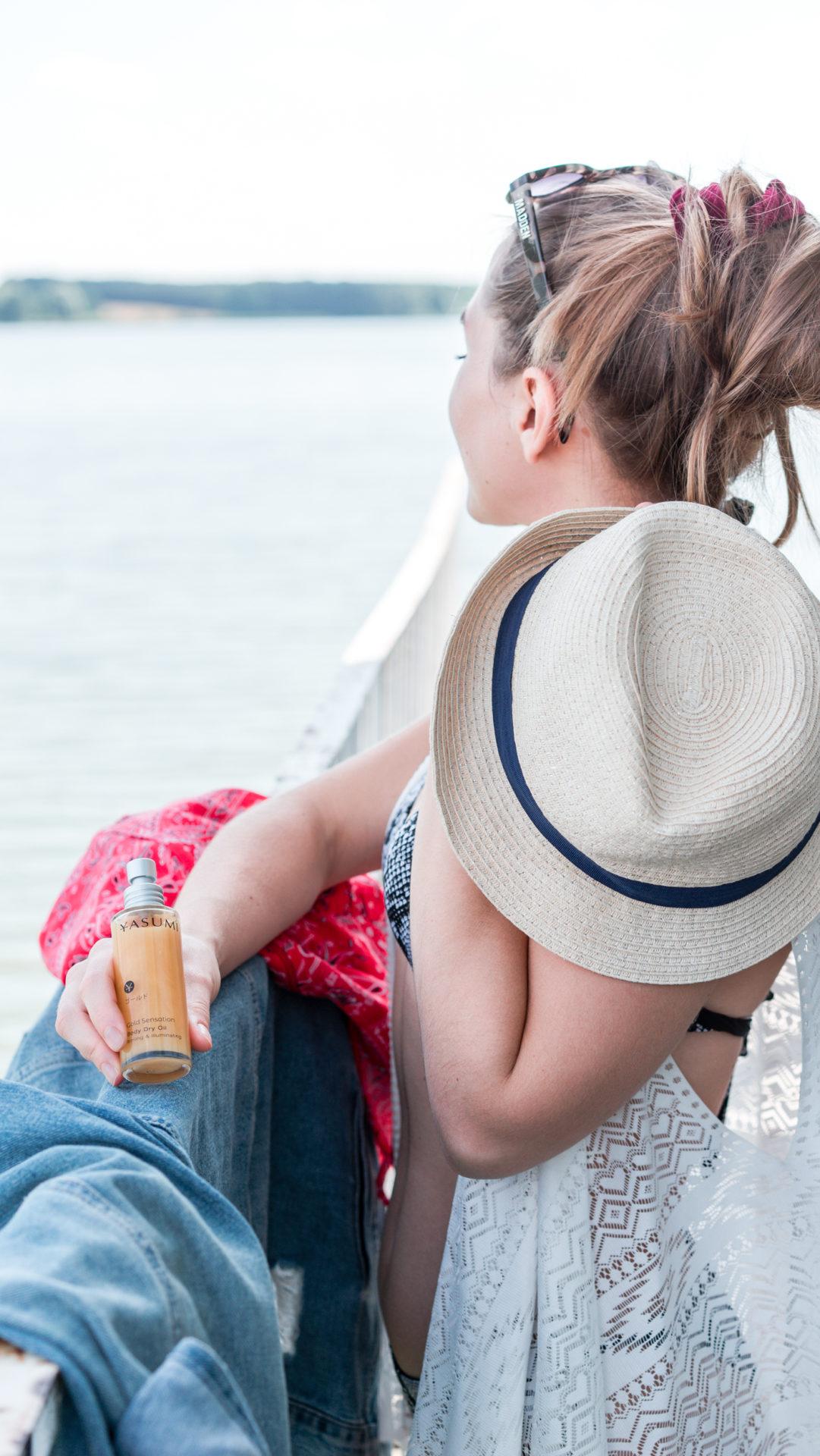 Jakie kosmetyki zabrać na wakacje? Wakacyjna kosmetyczka